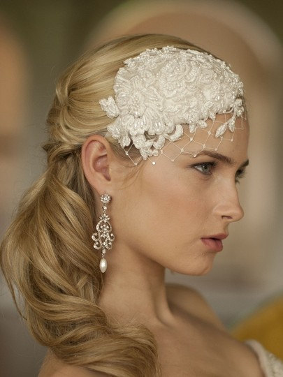 Ivory Retro Lt Lace and Silk Cocktail Hat with Wide Netting Hair Accessory