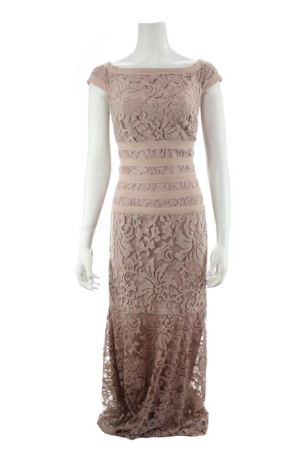 Item - Pink Blush Embroidered Lace Boatneck Cap Sleeve Gown Siz Long Formal Dress Size 10 (M)
