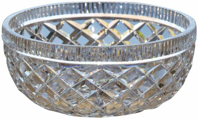 Item - Crystal Vintage Diamond Pattern Medium Bowl