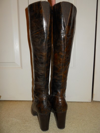 Brn Leather Mbc Leather And black & brown Boots