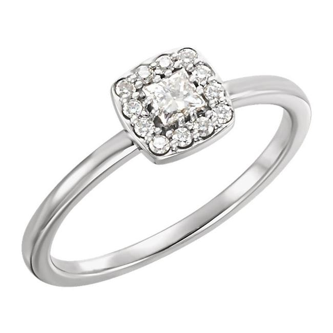 Item - White 0.40 Ct Ladies Round and Princess Claster Square Ring
