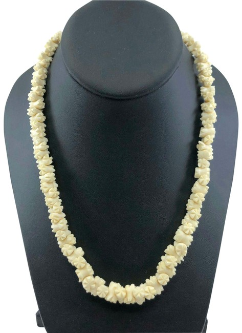 Item - Cream Art Deco Carved Galalith Bead Necklace