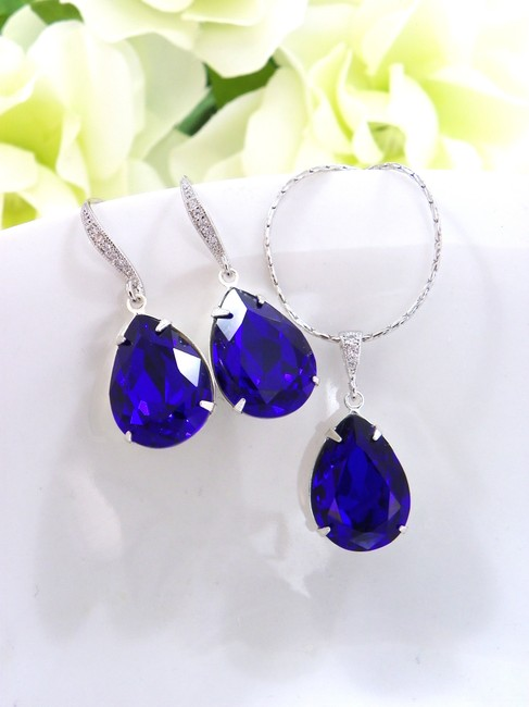 Item - Cobalt Blue Crystal Necklace and Earrings Jewelry Set