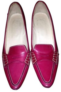 Tod's Classic Preppy Nautical Cherry Red Pumps