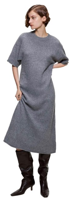 Item - Grey Knit Mid-length Casual Maxi Dress Size 8 (M)