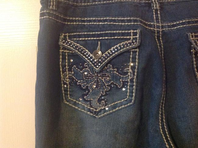 Nine West Bling Embroidered Size 12 Straight Leg Jeans-Medium Wash