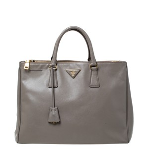 Item - Double Lux Taupe Saffiano Large Zip Grey Leather Tote