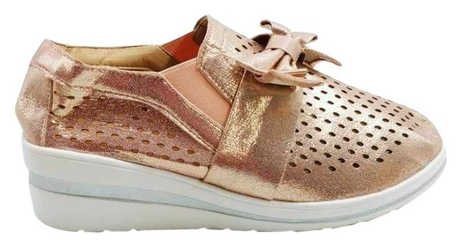 Item - Pink Womens On Wedge Perforated Low Top Bow New Sneakers Size US 9 Regular (M, B)
