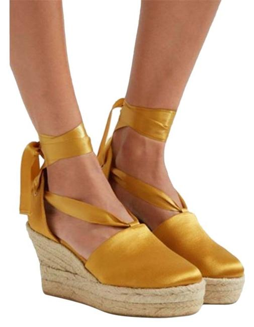 Item - Yellow Gold Elisa Wedges Size US 10 Narrow (Aa, N)