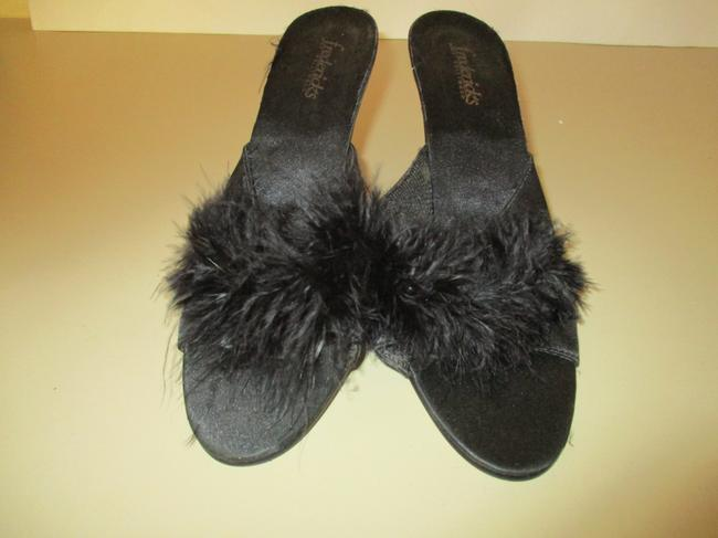 Frederick's of Hollywood Black Slip-on Satin Fluffy Feathered Pumps Mules/Slides Size US 6 Regular (M, B) Frederick's of Hollywood Black Slip-on Satin Fluffy Feathered Pumps Mules/Slides Size US 6 Regular (M, B) Image 5