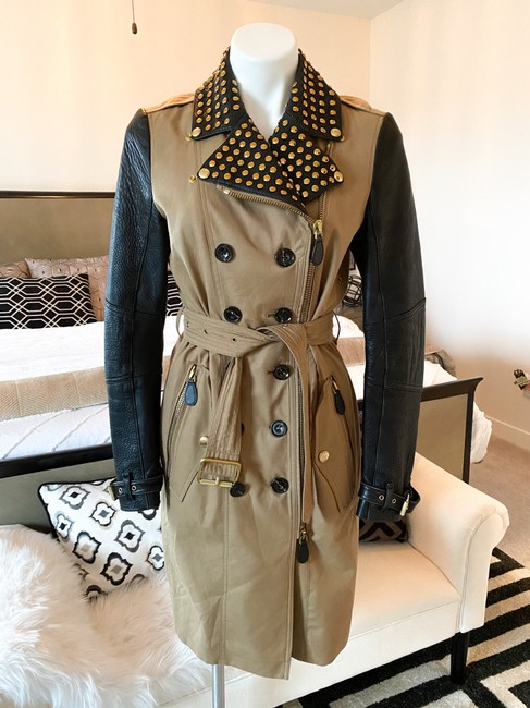 Burberry Brit Black & Tan Two Tone Gold Studded M Coat Size 8 (M) Burberry Brit Black & Tan Two Tone Gold Studded M Coat Size 8 (M) Image 2