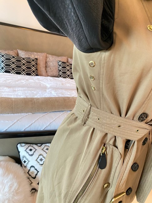 Burberry Brit Black & Tan Two Tone Gold Studded M Coat Size 8 (M) Burberry Brit Black & Tan Two Tone Gold Studded M Coat Size 8 (M) Image 5