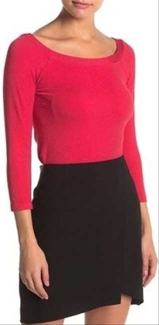 Item - Cordoba Off-the-shoulder Pullover Blouse Size 4 (S)