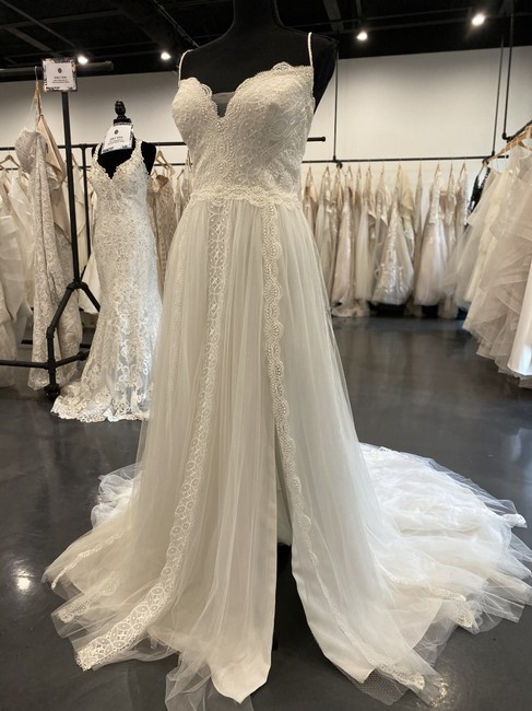 Item - Ivory Lace Tulle/Lace Motif Ws1209c Olson Casual Wedding Dress Size 12 (L)
