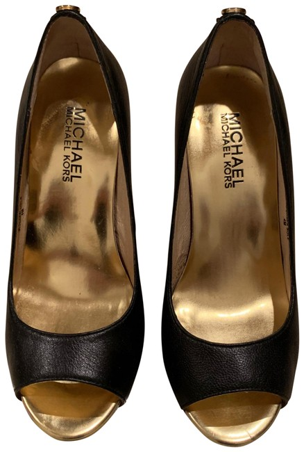 Item - Black and Gold Sexy Leather with Detail Peep Toe Pumps. Leather Upper Rubber Soles. Platforms Size US 4 Regular (M, B)