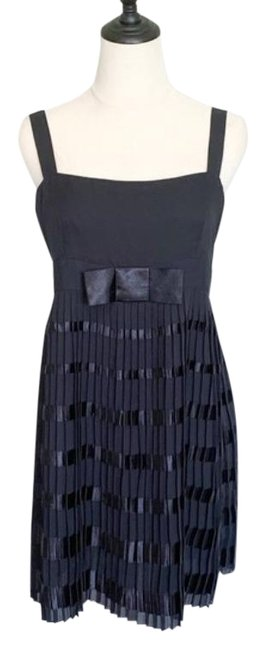 RED Valentino Black Accordion Pleated Striped Bow Mid-length Cocktail Dress Size 8 (M) RED Valentino Black Accordion Pleated Striped Bow Mid-length Cocktail Dress Size 8 (M) Image 1