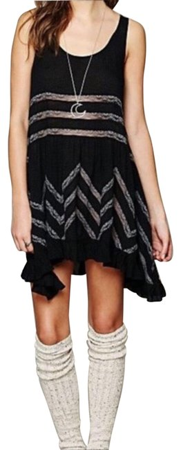 Item - Black Viole and Lace Trapeze Slip Mid-length Short Casual Dress Size 2 (XS)