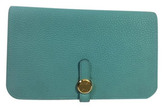 Preload https://item5.tradesy.com/images/hermes-blue-dogon-duo-in-atoll-togo-wallet-2819509-0-2.jpg?width=440&height=440