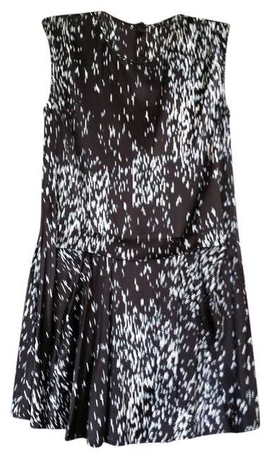 Preload https://item2.tradesy.com/images/theory-silk-mid-length-workoffice-dress-size-0-xs-2819521-0-0.jpg?width=400&height=650
