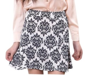 Damask Mini Spring Mini Skirt black and white