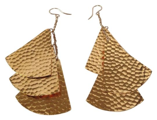 Preload https://item3.tradesy.com/images/devon-leigh-devon-leigh-authentic-nwt-tiered-drop-earrings-2819707-0-0.jpg?width=440&height=440