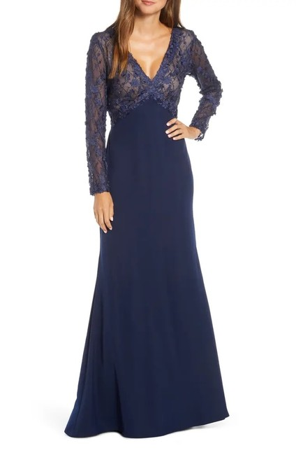 Item - Midnight/Nude Embellished Mesh Bodice Sleeve Trumpet Gown -sz Long Cocktail Dress Size 6 (S)