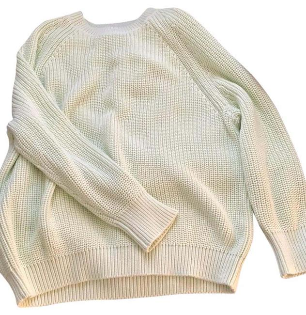 Item - Sport Light Mint Green Sweater