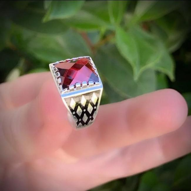 Item - Garnet Men/Unisex Fine Art Ring Size 10.5 11 Solid Marked 925 Sterling Silver Wow Brilliantly Faceted Rectangle Cut Mystic F Men's Jewelry/Accessory