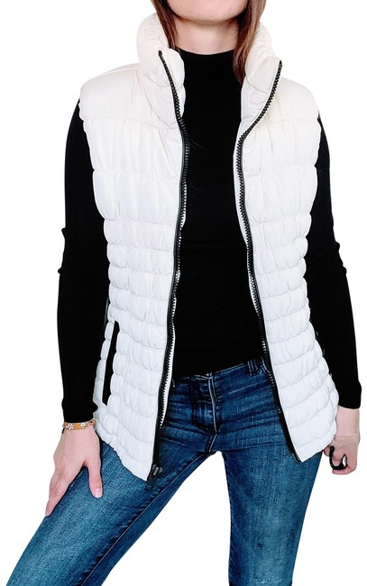 Item - White Puffer In Ivy with Leather Accents Vest Size 8 (M)