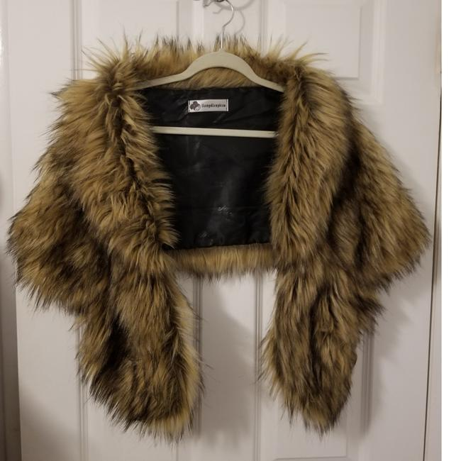 Item - Brown and Black Faux Fur Vest Size OS (one size)