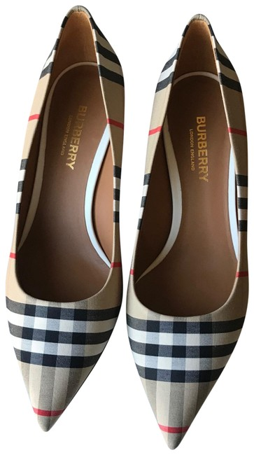Burberry Beige Check Pattern Cotton Pumps Size EU 36.5 (Approx. US 6.5) Regular (M, B) Burberry Beige Check Pattern Cotton Pumps Size EU 36.5 (Approx. US 6.5) Regular (M, B) Image 1