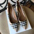 Burberry Beige Check Pattern Cotton Pumps Size EU 36.5 (Approx. US 6.5) Regular (M, B) Burberry Beige Check Pattern Cotton Pumps Size EU 36.5 (Approx. US 6.5) Regular (M, B) Image 4