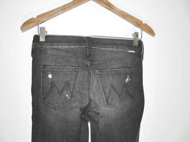 Mother Black Distressed Looker Ankle Snippet Raw Hem In Between A Rock and A Hard Place Skinny Jeans Size 25 (2, XS) Mother Black Distressed Looker Ankle Snippet Raw Hem In Between A Rock and A Hard Place Skinny Jeans Size 25 (2, XS) Image 6