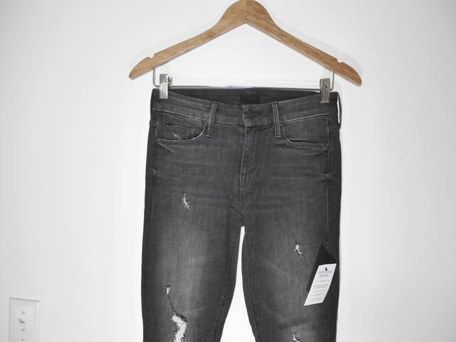 Mother Black Distressed Looker Ankle Snippet Raw Hem In Between A Rock and A Hard Place Skinny Jeans Size 25 (2, XS) Mother Black Distressed Looker Ankle Snippet Raw Hem In Between A Rock and A Hard Place Skinny Jeans Size 25 (2, XS) Image 8