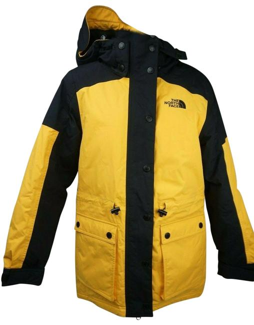 Item - Yellow Reign On 550 Fill Power Down Hooded Parka Women's Coat Size 2 (XS)