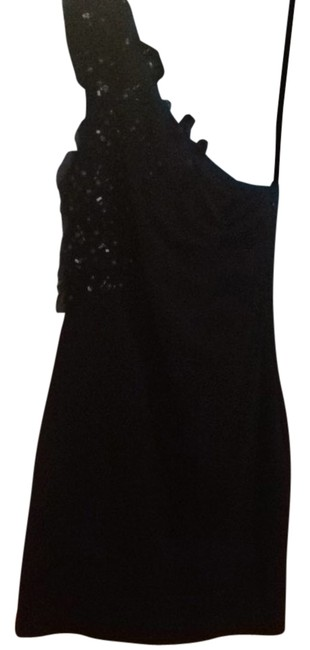 Preload https://item5.tradesy.com/images/camilla-and-marc-black-night-out-dress-size-6-s-2821984-0-0.jpg?width=400&height=650