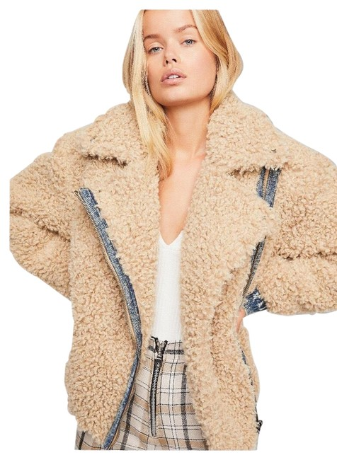 Item - Natural Beige Women's Teddy Moto Jacket Size 10 (M)