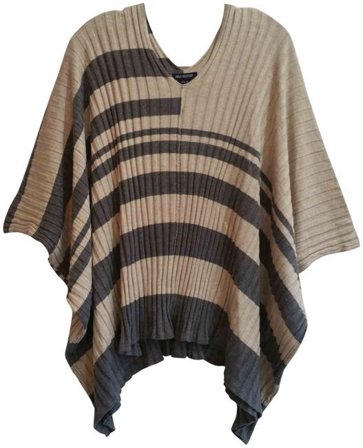 Item - Wide Awning V-neck Batwing Sleeves Poncho Style Knit Beige/Gray Sweater