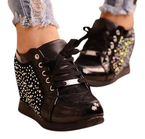 Forever 21 Rhinestones Sneakers Size8 Shiny Comfy Black with jewels Wedges