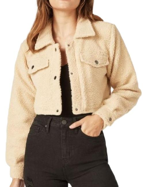 Item - Cream Cropped Sherpa Teddy Style Jacket Size 12 (L)