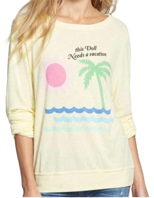 Item - Yellow This Doll Needs A Vacation Pullover Sweatshirt/Hoodie Size 0 (XS)