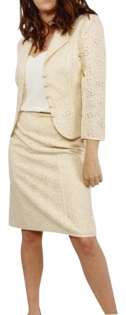 Item - Cream Ivory Lace Eyelet Bridal Skirt Suit Size 6 (S)