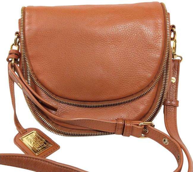Item - Saddle Honey Tan Pebbled Leather Cross Body Bag