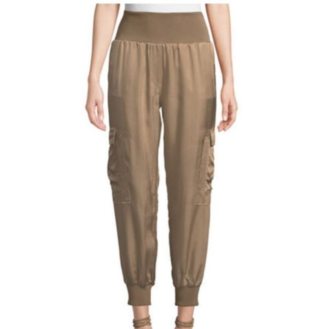 Item - Beige Giles Silky Jogger Pants Size 6 (S, 28)