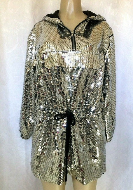 Moschino Silver Sequin Hoodie Mini Long Sleeve Short Casual Dress Size 4 (S) Moschino Silver Sequin Hoodie Mini Long Sleeve Short Casual Dress Size 4 (S) Image 3