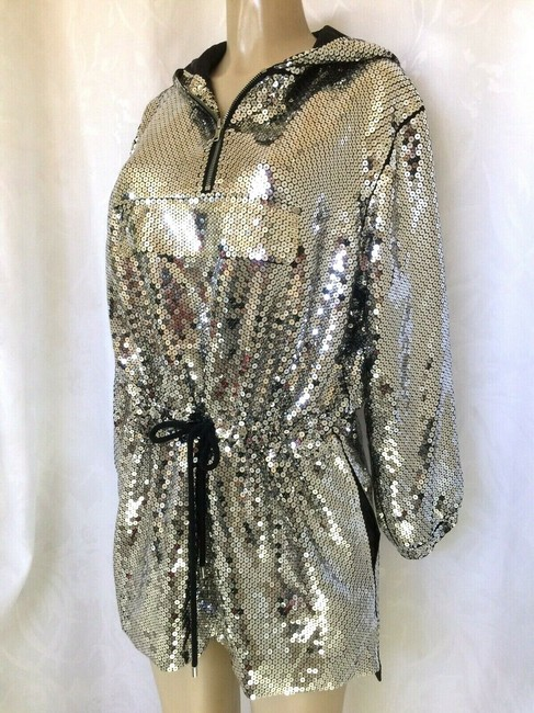 Moschino Silver Sequin Hoodie Mini Long Sleeve Short Casual Dress Size 4 (S) Moschino Silver Sequin Hoodie Mini Long Sleeve Short Casual Dress Size 4 (S) Image 4