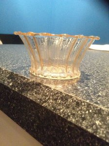 Pier 1 Imports Amber Luster 35 Scalloped Amber/Gold Tea Lights Votive/Candle