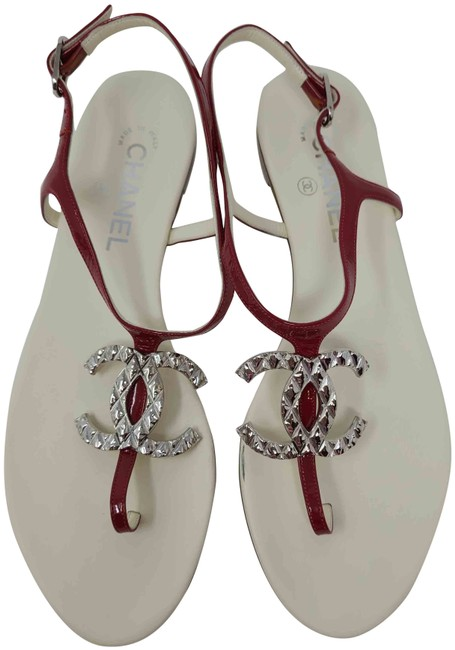 Item - Red Patent Leather Silver-tone Interlocking Cc Sandals Size EU 40 (Approx. US 10) Wide (C, D)