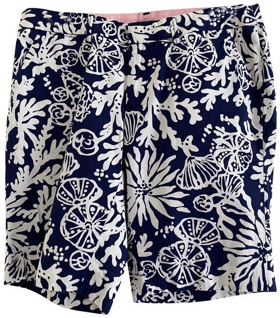 Item - Blue Avenue The Groove Shorts Size 6 (S, 28)