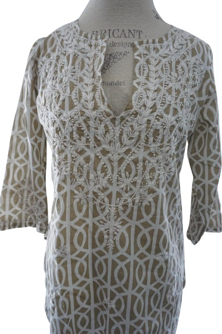 Item - Beige & White Embroidered Floral Tunic Casual Blouse Size 6 (S)